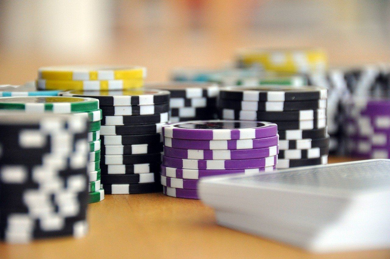 Exploring The Plain Yet Enigmatic Game – Roulette